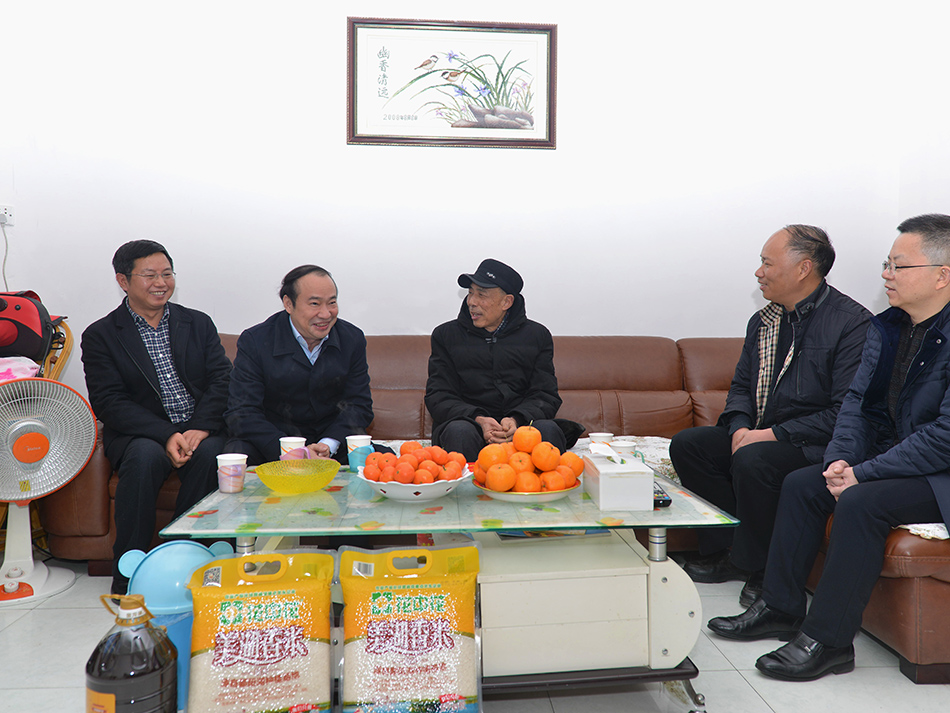 2018年2月,孙云书记慰问公司离退休干部