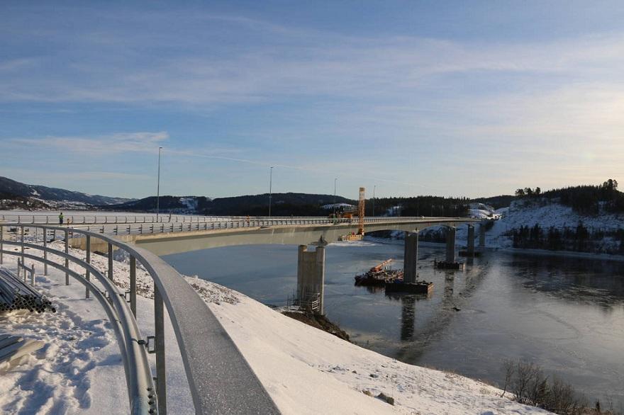 挪威贝桥3.jpg